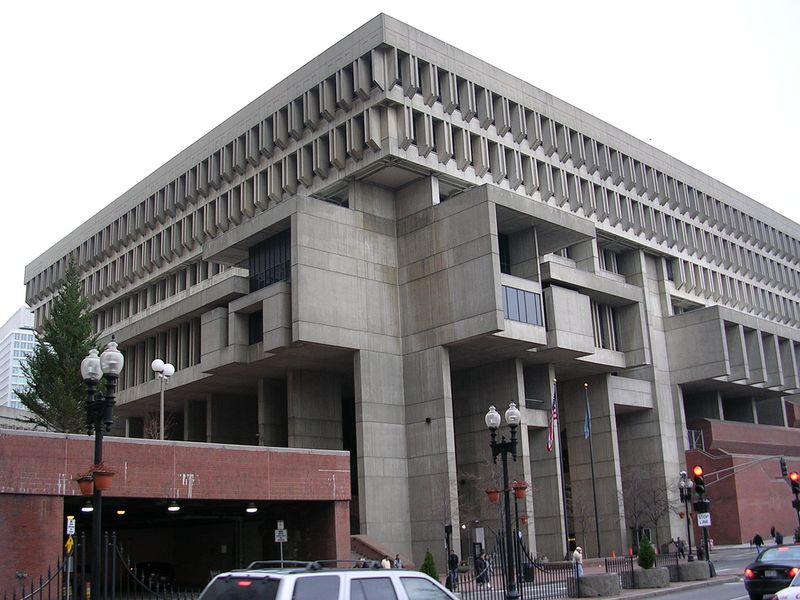 Boston_City_Hall_2004